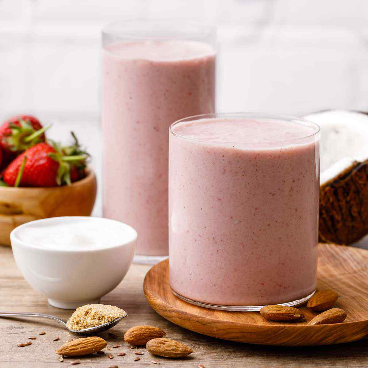 Greek Yogurt Strawberry Banana Smoothie For Weight Loss Blender Balance