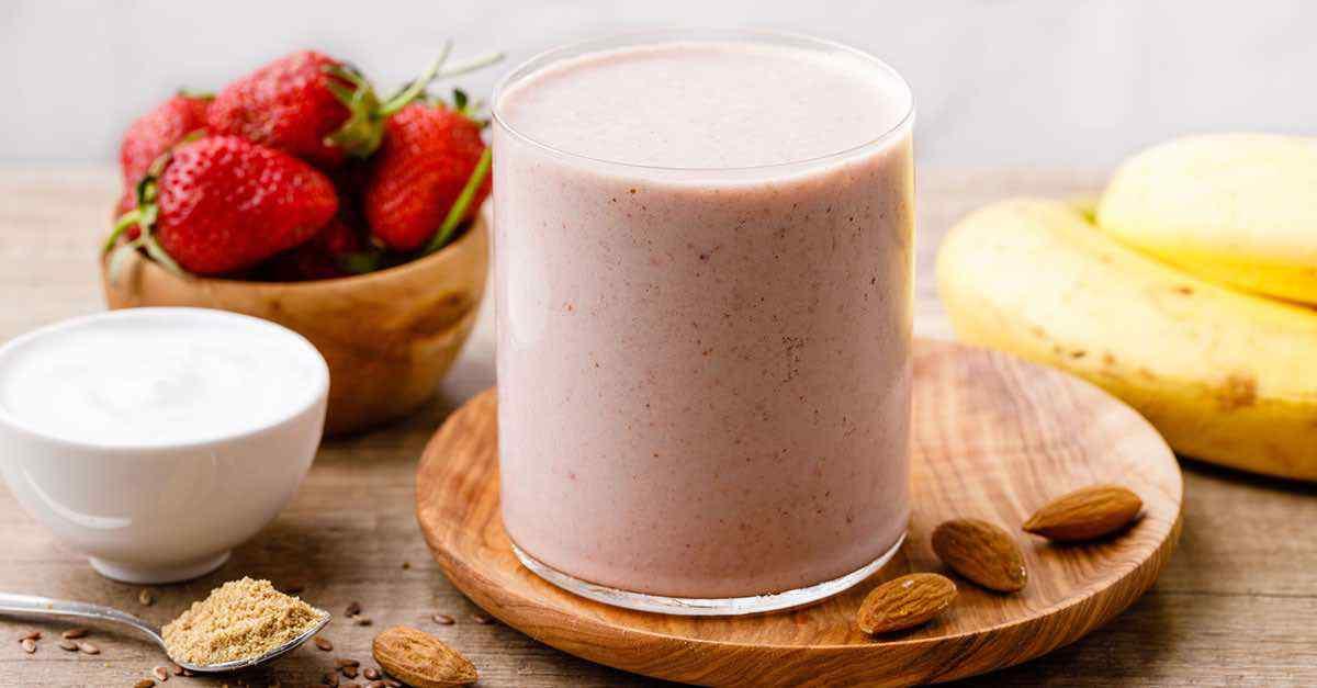 Greek Yogurt Strawberry Banana Smoothie For Weight Loss Blender Balance