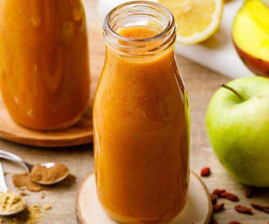 Cinnamon Apple Detox Smoothie