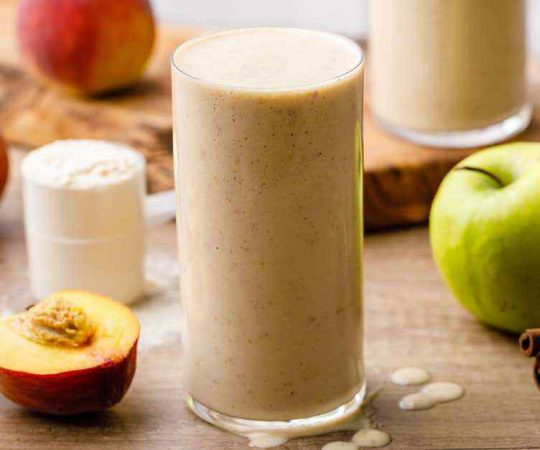 Easy 5-Minute Apple Protein Smoothie