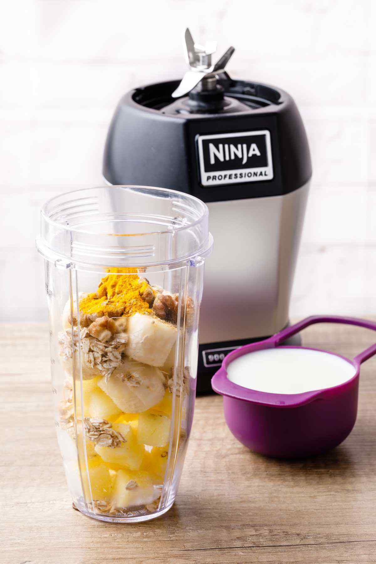 Banana Pineapple Breakfast Smoothie