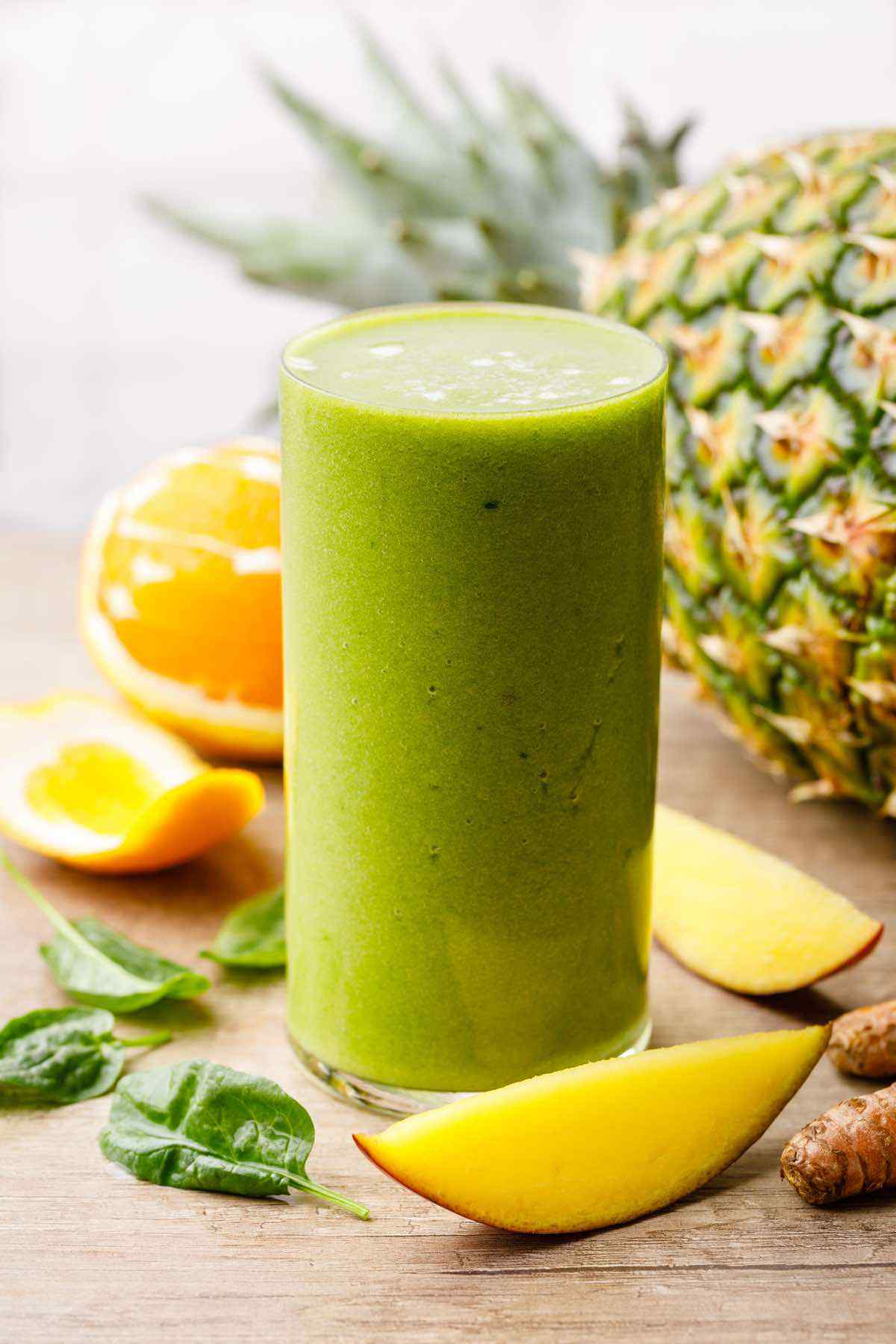 Mango Pineapple Green Smoothie