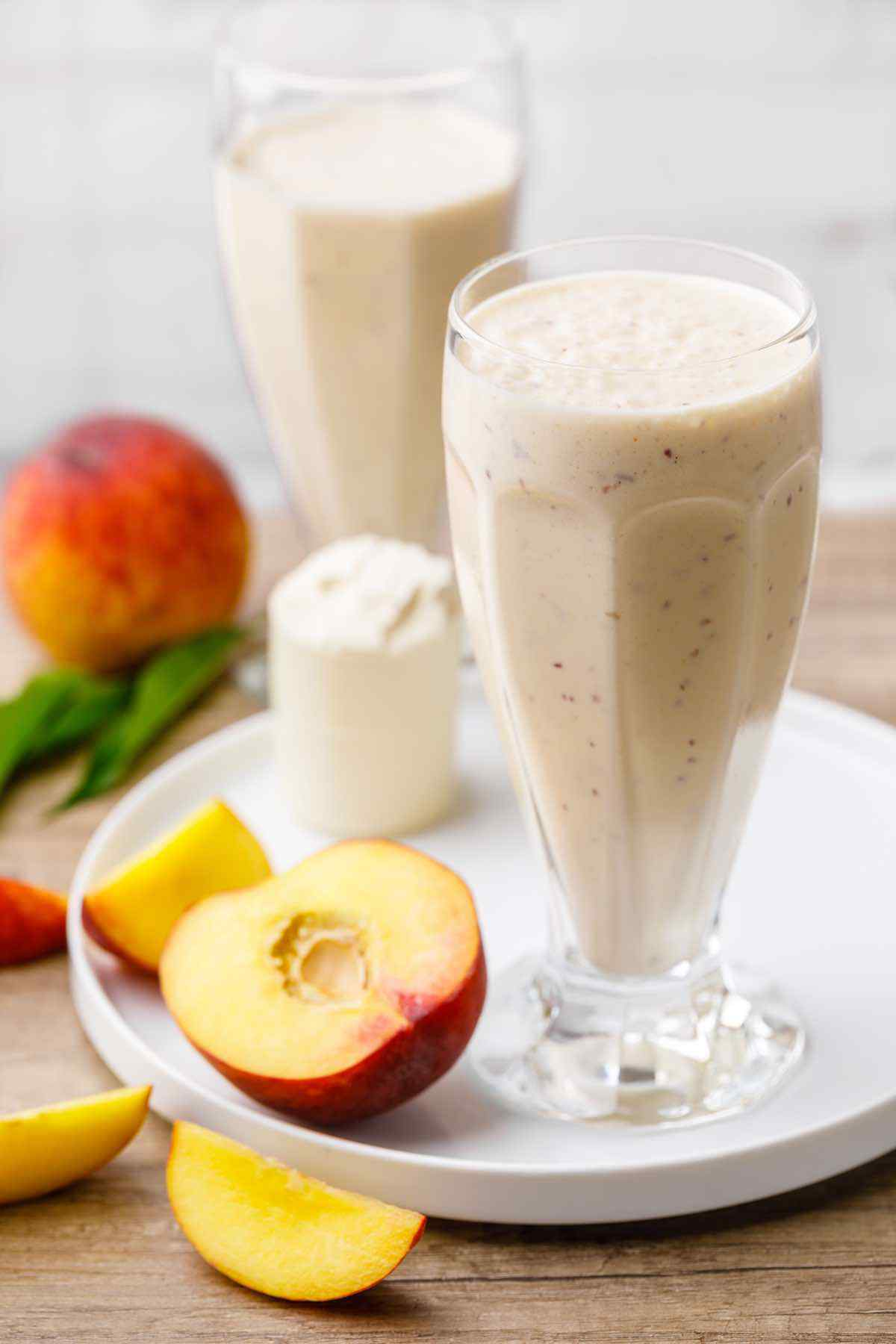 Peaches and Cream Keto Smoothie for Weight Loss