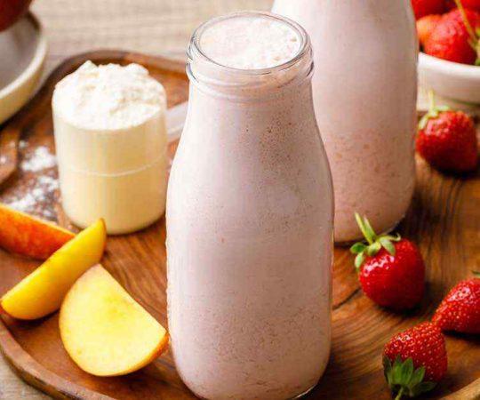 Strawberry Peach Protein Smoothie